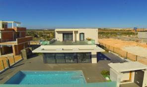 Lux Modern Villa in Campoamor.    Ref:0050