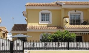 Semi-Detached Villa in Playa Flamenca.  Ref:ks0525