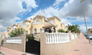 Detached Villa in Villamartin. Ref:ks0549