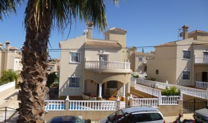 Detached Villa with Private Pool in Villamartin.  Ref:ks0627