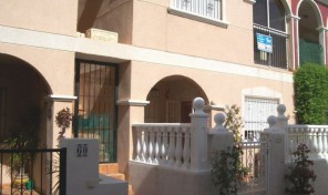 Bungalow in La Zenia.  Ref:ks0599
