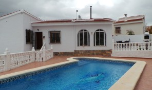 Detached Villa with Private Pool in Quesada.  Ref:ks0640
