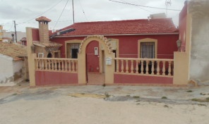 4 Bedrooms Villa in San Miguel.  Ref:ks0740