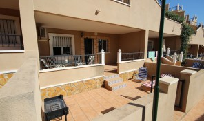 Large Ground Floor Apartment in Villamartin.  Ref:ks0716