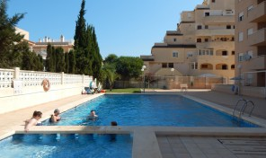 Apartment with Large Solarium in Center Torrevieja.   Ref:ks0795