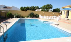 Detached Villa with Private Pool in Torrevieja.  Ref:ks0866