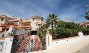 Golf Views.  Semi- Detached Villa  in Villamartin.  Ref:ks0814