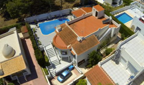 Detached Villa with Large Private Pool in Villamartin.   Ref:ks0802