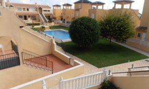 Pool View Apartment in Villamartin.  Ref:ks0911
