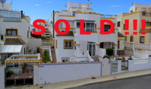 SOLD ! Great Condition Quad House in Los Altos.  Ref:ks0879