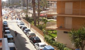 3 Bedroom Apartment on the Beach in Torrevieja. Ref:ks0931