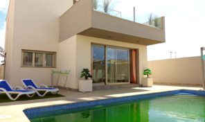 Luxury Villa with Pool in Torre de la Horadada.  Ref:ks0987