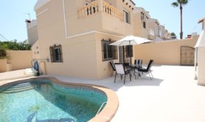 Detached Villa with Private Pool in Torrevieja.  Ref:ks1020