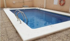 Apartment with Garage and Pool in Torrevieja.  Ref:ks1007