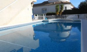 Detached Villa with Large Pool in Villamartin.  Ref:ks1041