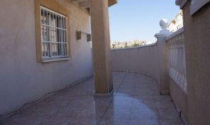 Large Pent House in Center Torrevieja.  Ref:ks1065