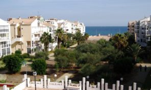 Perfect condition Sea Views Apartment in Torrevieja.  Ref:ks1069