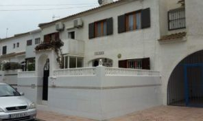 Townhouse in Torrevieja. Ref:ks1140