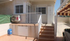 Lovely Ground Floor Bungalow with Private Parking in Torrevieja.  Ref:ks1141