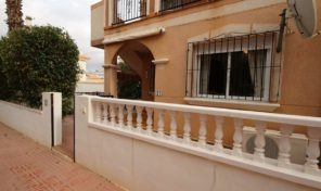 Great Ground Floor Bungalow in La Zenia. Ref:ks1146