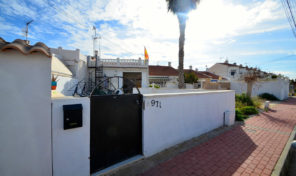 3 Bedroom Townhouse in Torrevieja. Ref:ks1176