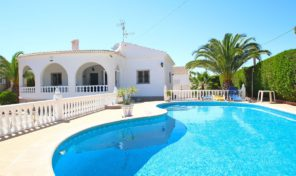 Luxury Villa with Large Plot in Torrevieja. Ref:ks1217