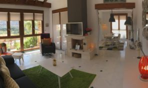 1-st Line Golf Villa in Algorfa.  Ref:ks1220