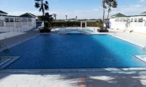 Beachside Apartment in La Mata, Torrevieja.  Ref:ks1203