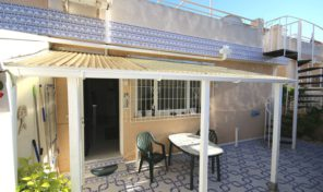 Lovely Ground Floor Bungalow with Solarium in Los Altos.  Ref:ks1231