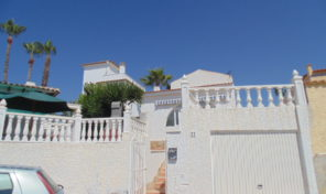 Bargain! Detached Villa with Garage in Villamartin.  Ref:ks1246