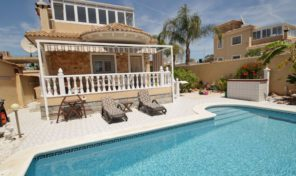 Great Detached Villa in Torrevieja.  Ref:ks1283