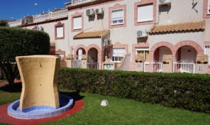 Lovely Townhouse in Popular Playa Flamenca. Ref:ks1278