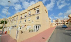 Great Townhouse in Villamartin.  Ref:ks1281
