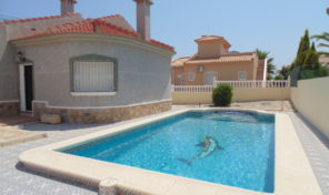 Superb Detached Villa with Pool in Villamartin.  Ref:ks1297