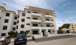 Large South Facing Ground Floor Apartment in Campoamor.  Ref:ks1319