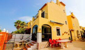 Lovely Semi-Detached Villa close to the La Zenia Beach.  Ref:ks1357