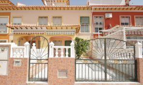 Great Townhouse in Torrevieja . Ref:ks1342