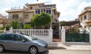 Lovely Quad in popular Playa Flamenca.  Ref:ks1356