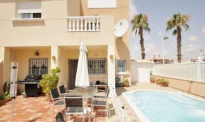 Great Semi Detached Villa with Private Pool in Torrevieja.  Ref:ks1344