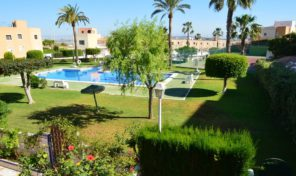 Large Corner Townhouse near the Beach in Torrevieja.  Ref:ks1334