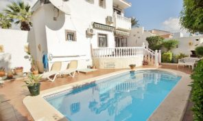 Great Large Villa with Private Pool in Torrevieja.  Ref:ks1385