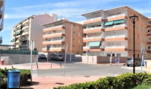 Penthouse next to the Beach in La Mata.  Ref:ks1377