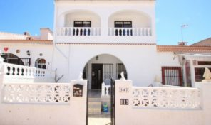 Large 5 bedrooms Townhouse in Torrevieja.  Ref:ks1378