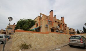 Lovely Townhouse on a corner plot in La Zenia.  Ref:ks1365