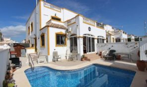 Quad House with Private Pool in Vistabella.  Ref:ks1394