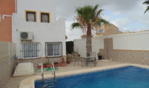 Lovely Semi- Detached Villa in Villamartin.  Ref:ks1404