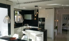 New Large Apartment with Spacious Terraces in Los Altos. Ref:ks1400