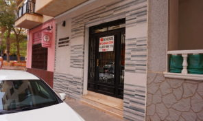 SOLD! Ground Floor Office in Playa Del Cura, Torrevieja. Ref:ks1211