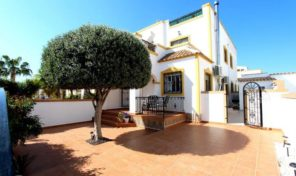 Great refurbished Quad in Vistabella. Ref:ks1391
