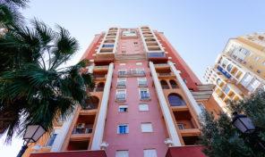 Great 12th Floor Apartment in Los Locos Beach in Torrevieja.  Ref:ks1427